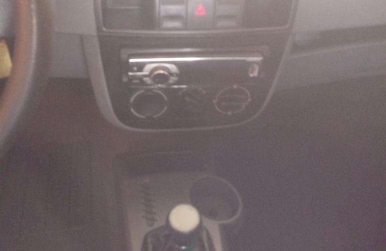 Volkswagen Gol City 1.0 (G4) (Flex) - Foto #2