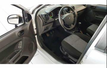 Ford Fiesta Hatch Class 1.0 MPi 4p - Foto #8