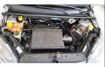 Ford Fiesta Hatch Class 1.0 MPi 4p - Foto #10