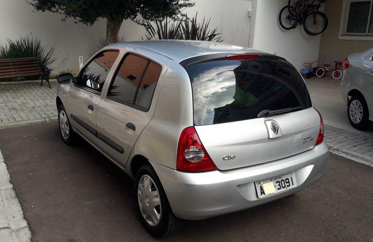 Renault Clio Hatch. Campus 1.0 16V (flex) 4p - Foto #8