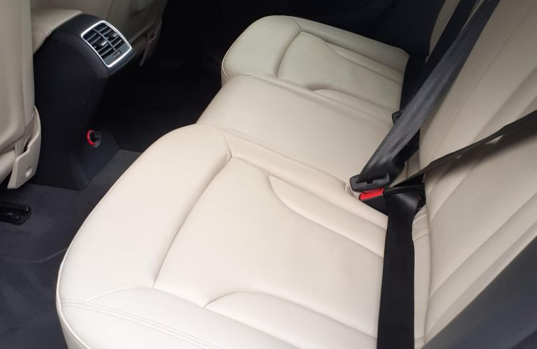 Audi Q3 1.4 TFSI Ambiente S Tronic - Foto #10