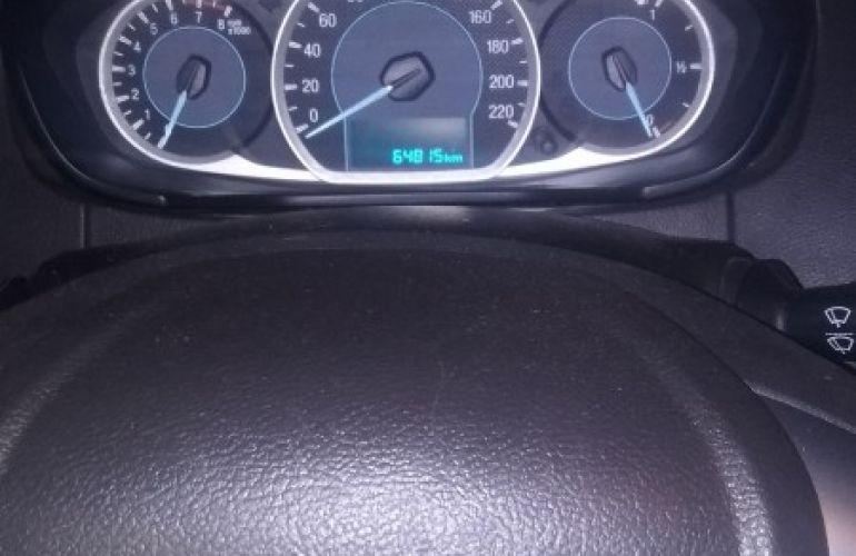 Ford Ka Hatch SE Plus 1.0 (Flex) - Foto #2