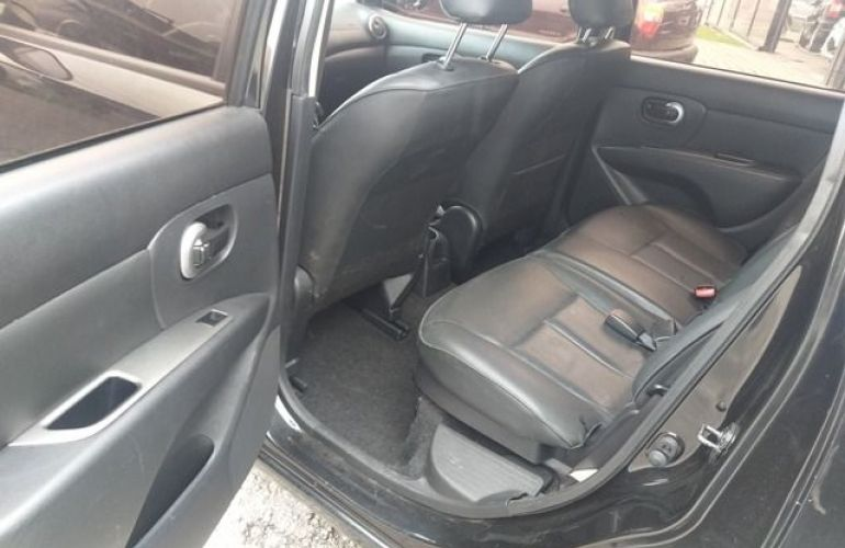 Nissan Grand Livina SL 1.8 16V (flex) - Foto #8