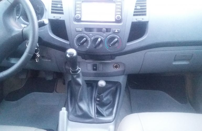Toyota Hilux SR 4x4 3.0 (cab. dupla) - Foto #7