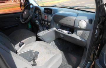 Fiat Doblò Adventure 1.8 8V - Foto #9
