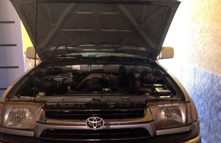 Toyota Hilux SW4 4x4 3.0 Turbo - Foto #6