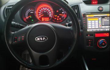 Kia Cerato EX 1.6 16V (aut) - Foto #10