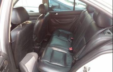 Volkswagen Bora 2.0 MI (Aut) - Foto #3