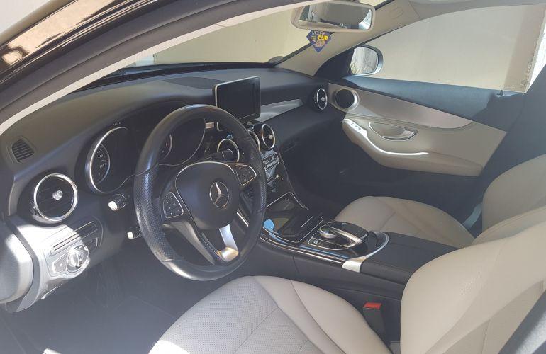 Mercedes-Benz 240 D - Foto #1