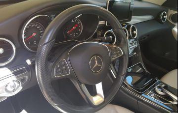 Mercedes-Benz 240 D - Foto #4