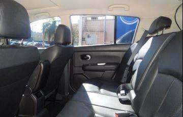 Nissan Tiida SL 1.8 16V Flex - Foto #4