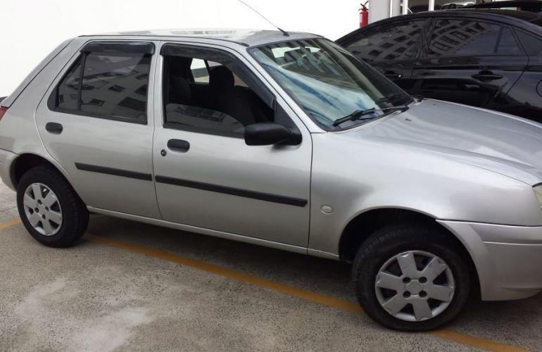 Ford Fiesta Hatch Street 1.0 8V - Foto #1