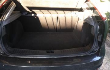 Ford Focus Hatch GL 1.6 16V (Flex) - Foto #10