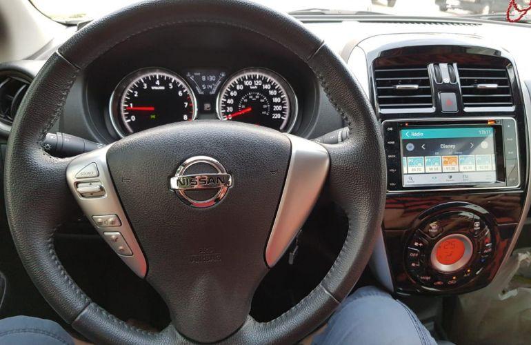 Nissan Versa 1.6 16V Unique CVT (Flex) - Foto #1