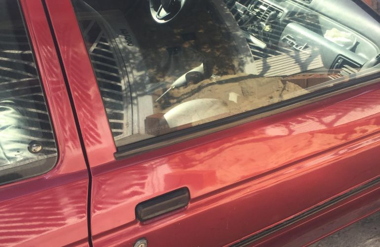 Ford Escort Hatch L 1.6 - Foto #1