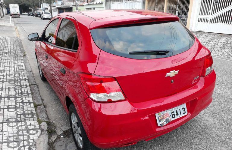Chevrolet Onix 1.0 LS SPE/4 - Foto #4