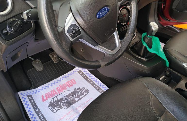 Ford New Fiesta Titanium 1.6 16V - Foto #8