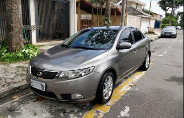 Kia Cerato EX 1.6 16V 6vel (ABS)