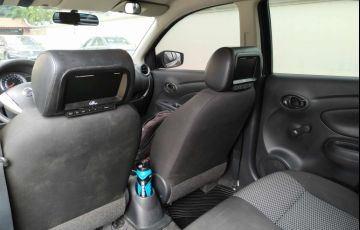 Nissan Versa 1.0 12V (Flex) - Foto #2
