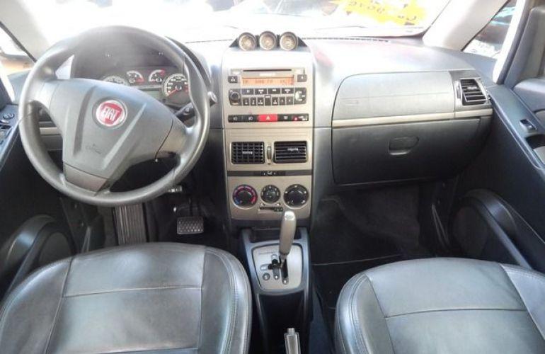 Fiat Idea Adventure Dualogic 1.8 16V Flex - Foto #3