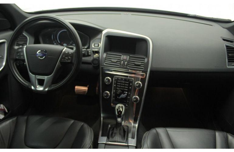 Volvo XC60 2.0 T5 Drive-E R-Design - Foto #6