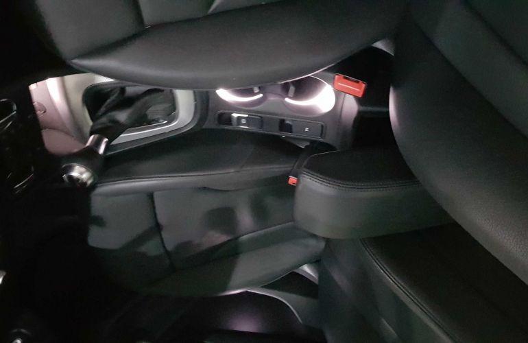 Audi Q3 1.4 TFSI Ambiente Plus S Tronic (Flex) - Foto #4