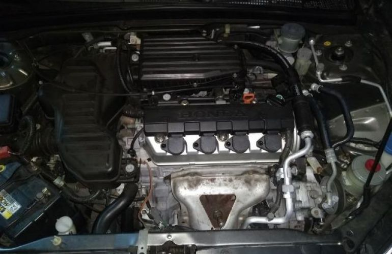 Honda Civic Sedan LX 1.7 16V - Foto #6
