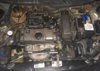Peugeot 207 SW XR 1.4 8V (flex) - Foto #10
