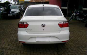 Volkswagen Voyage (G6) 1.0 TEC Total Flex - Foto #6