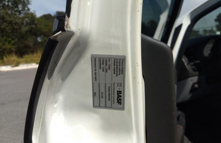 Fiat Linea Essence 1.8 16V (Flex) - Foto #3