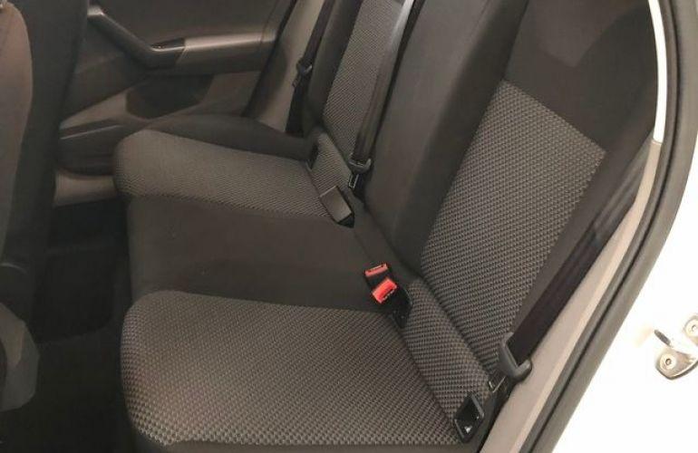 Volkswagen Polo MPI 1.0 12V Flex - Foto #6