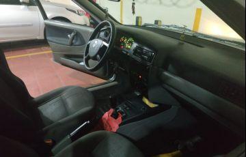 Volkswagen Santana Comfortline 1.8 MI - Foto #4