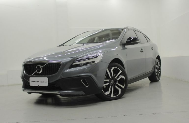 Volvo V40 2.0 T4 Cross Country - Foto #2