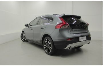 Volvo V40 2.0 T4 Cross Country - Foto #5