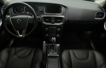 Volvo V40 2.0 T4 Cross Country - Foto #8