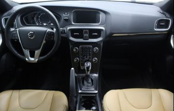 Volvo V40 2.0 T4 Cross Country - Foto #7