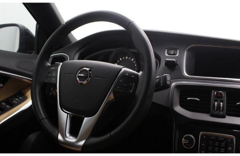 Volvo V40 2.0 T4 Cross Country - Foto #8