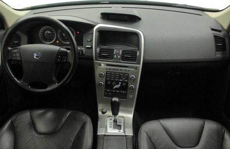 Volvo XC60 AWD 3.0 24V Comfort - Foto #7