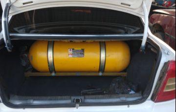 Chevrolet Astra Sedan GL 1.8 MPFi - Foto #9