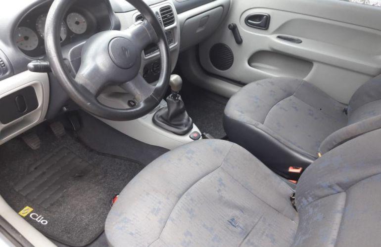 Renault Clio Hatch. Authentique 1.0 8V - Foto #7