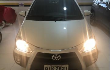 Toyota Etios Cross 1.5 (Flex) (Aut) - Foto #2