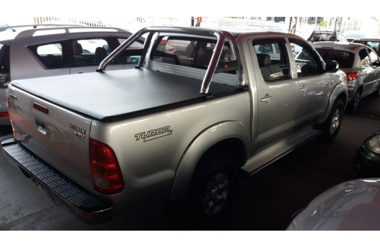 Toyota Hilux SRV 4x2 3.0 (cab. dupla) - Foto #4