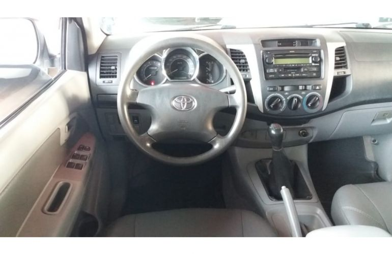 Toyota Hilux SRV 4x2 3.0 (cab. dupla) - Foto #7