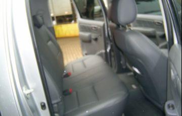 Toyota Hilux 3.0 TDI 4x4 CD STD - Foto #9