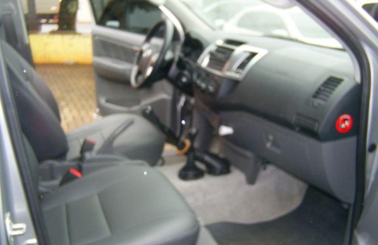 Toyota Hilux 3.0 TDI 4x4 CD STD - Foto #10