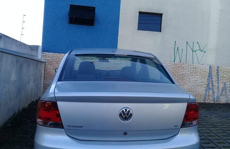 Volkswagen Voyage 1.6 Total Flex - Foto #4