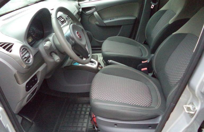 Fiat Grand Siena Essence 1.6 16V Dualogic (Flex) - Foto #7