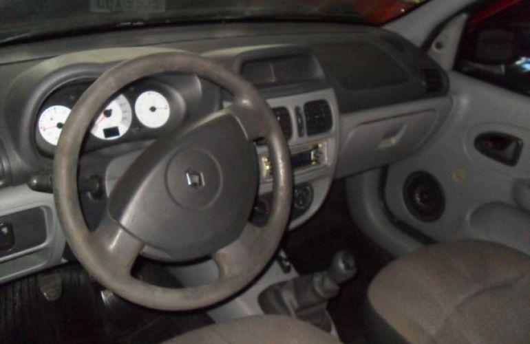 Renault Clio Sedan Authentique 1.0 16V Hi-Flex - Foto #4
