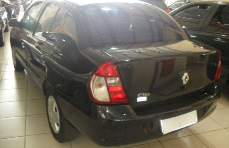 Renault Clio Sedan Authentique 1.0 16V Hi-Flex - Foto #8
