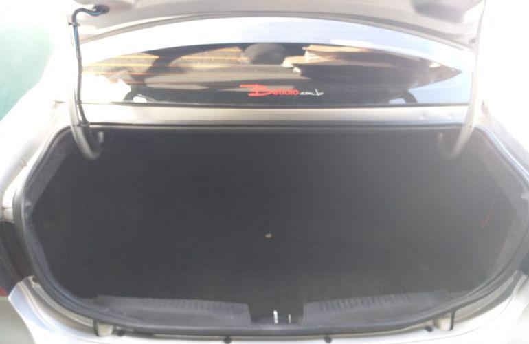 Fiat Grand Siena Evo Attractive 1.0 (Flex) - Foto #1